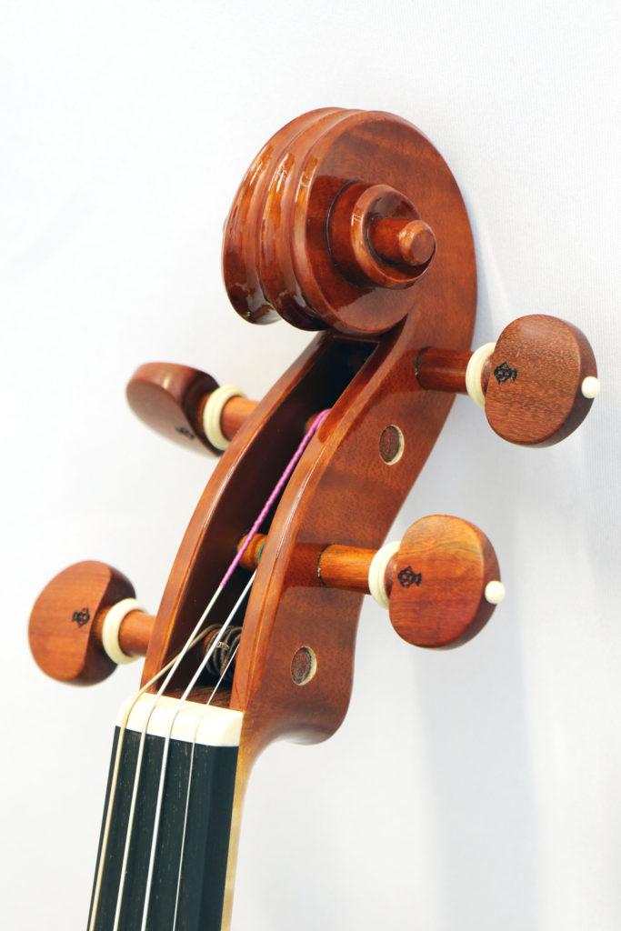 ロレンツォ・カッシ ヴァイオリン ピエトロ・ガルネリモデル