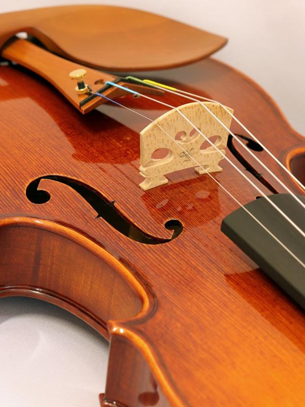 フランスの弦楽器工房「オベール・リューテリエ」主要3モデルのご紹介