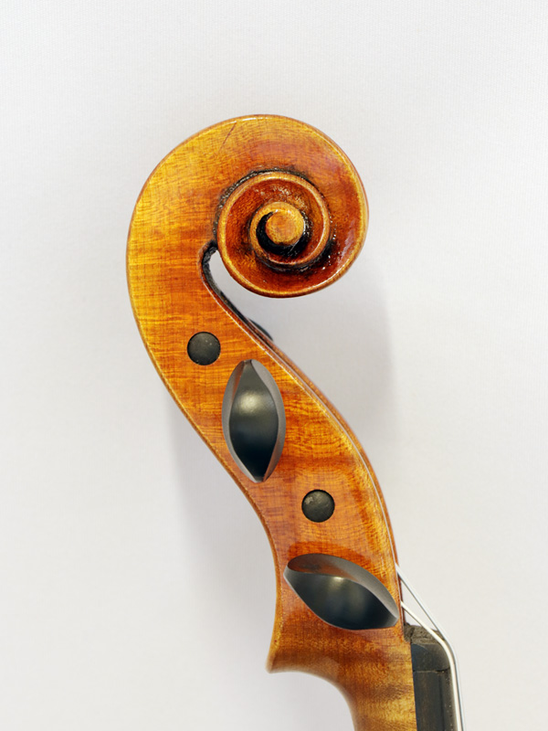 パスカル・ギリスの工房製ヴァイオリン「ディール・ノンアンティーク」